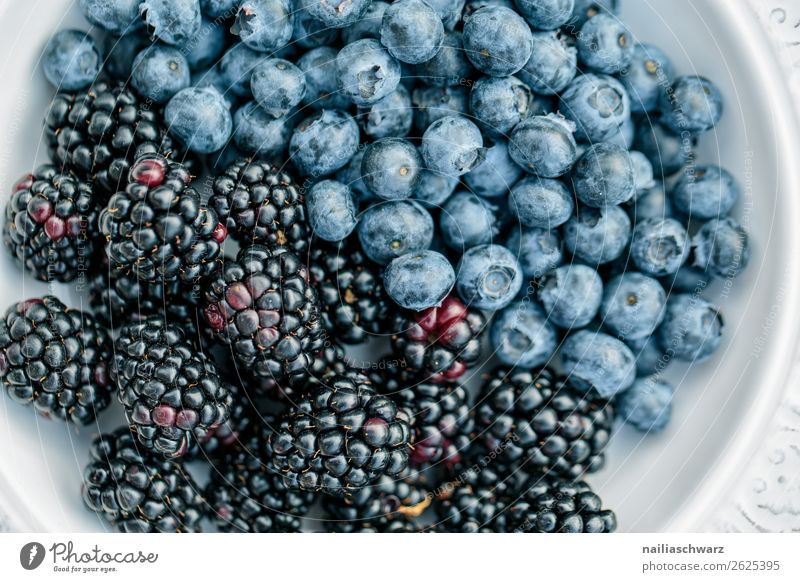 blueberries Food Blackberry Blueberry Nutrition Organic produce Vegetarian diet Diet Fasting Plate Lifestyle Health care Healthy Eating Fragrance Delicious