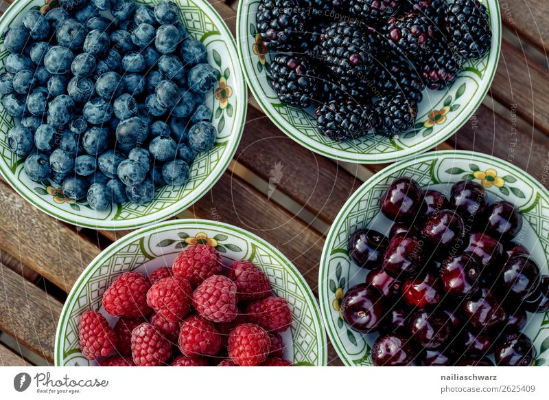 Berry mix Berries Cherry Blueberry Blackberry Raspberry Summer Healthy Eating salubriously Plate scatterbrained Containers and vessels Organic produce