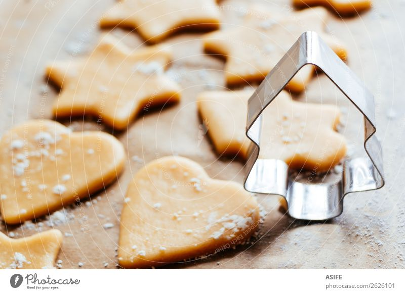 Christmas tree shaped cookie cutter Dessert Decoration Christmas & Advent Group Tree Heart Delicious Brown Tradition Cookie Icing Sugar Gingerbread Cutter Knife