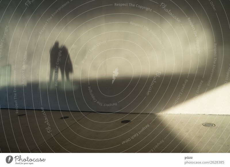 shadow play Human being Woman Adults Man Couple Partner 2 18 - 30 years Youth (Young adults) 30 - 45 years 45 - 60 years Town Deserted