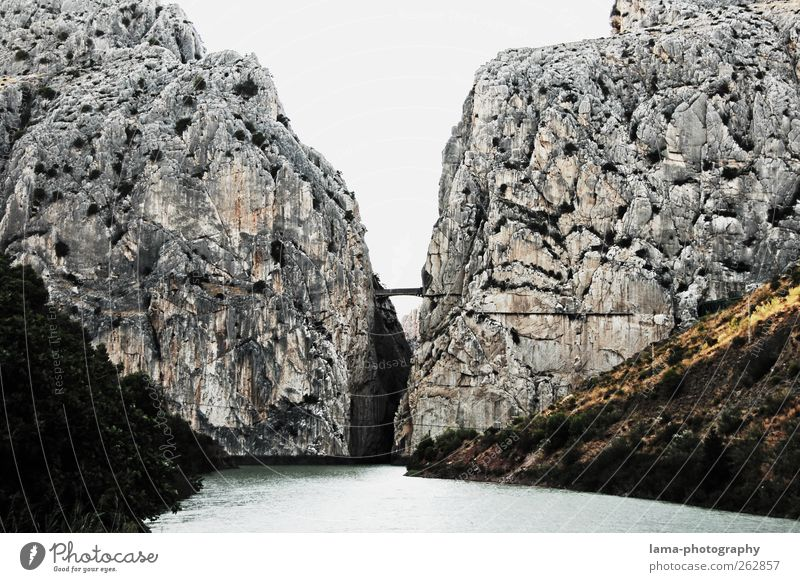 La garganta del chorro [XXVII] Trip Adventure Rock Mountain Canyon Garganta del Chorro Camino del Rey king's path River Guadalhorce Guadalquivir Rio Guadalhorce