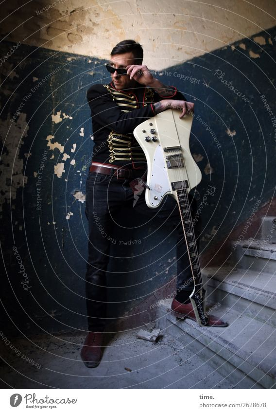 GuitarMan Interior design Staircase (Hallway) Masculine Adults 1 Human being Artist Music Musician Ruin lost places Wall (barrier) Wall (building) Stairs Pants