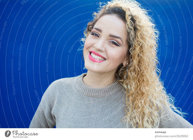 portrait of smiling young woman Lifestyle Joy Beautiful Wellness Human being Young woman Youth (Young adults) Woman Adults 1 Piercing Earring