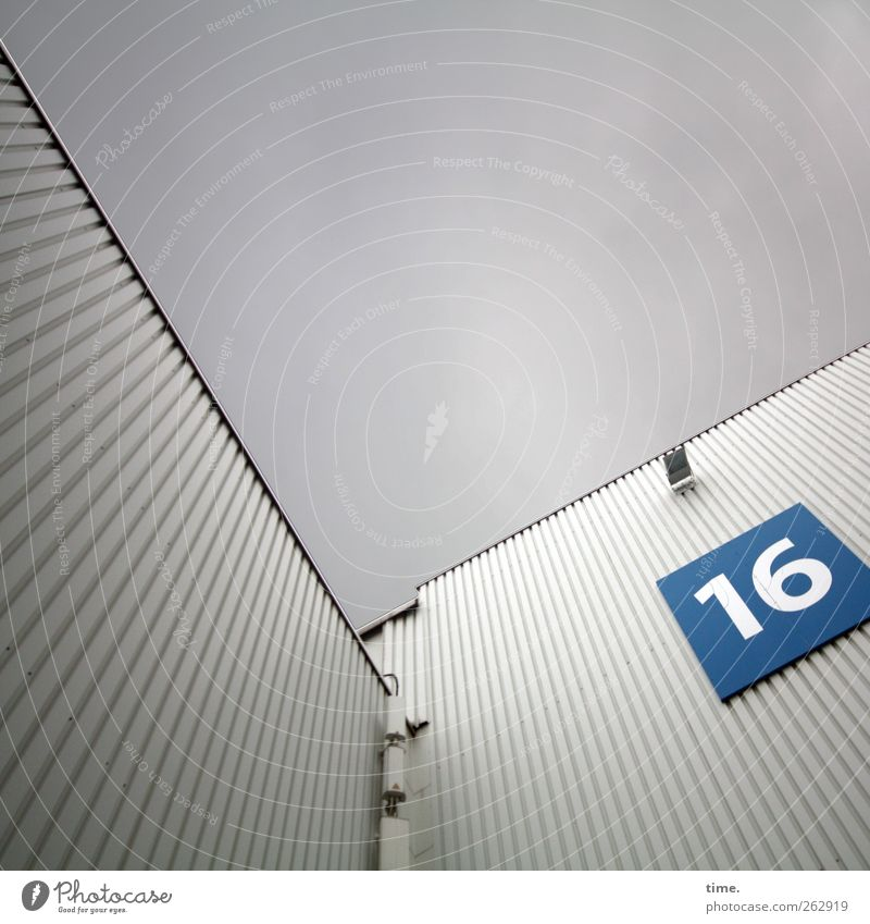 Plug-in element 16 Deserted Manmade structures Building Architecture Wall (barrier) Wall (building) Facade Lamp Lighting Floodlight Metal Digits and numbers