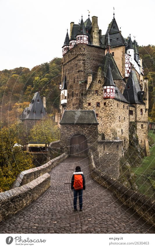 closed Vacation & Travel Tourism Trip Adventure Sightseeing Hiking 1 Human being Autumn Rhineland-Palatinate Germany Castle Manmade structures Building