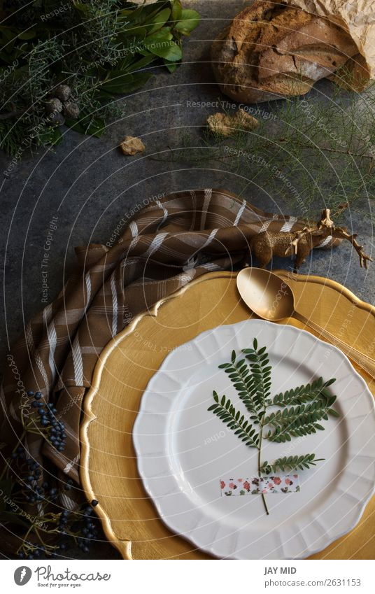 Holiday Gold place setting, napkin brown plaid Dinner Plate Winter Decoration Table Restaurant Thanksgiving Christmas & Advent New Year's Eve Cloth Paper Old