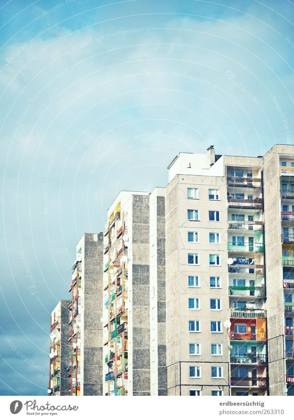 some color in the everyday life... Air Sky Clouds Beautiful weather Town House (Residential Structure) High-rise Building Wall (barrier) Wall (building) Facade