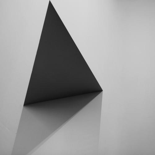 passage Deserted White Triangle Structures and shapes Square Black Black & white photo diamond Gray Gray scale value Diagonal Visual spectacle Shadow Abstract