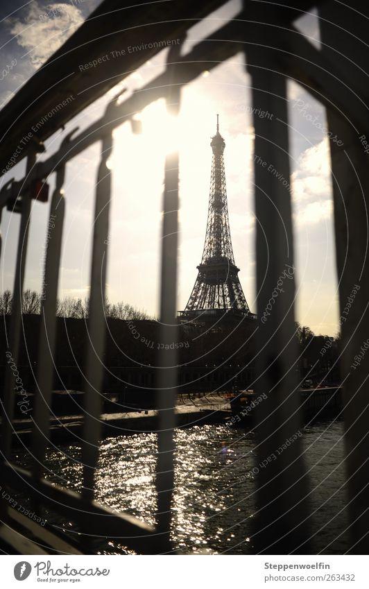 Blue Water City Gray Art Waves Perspective Bridge Europe Vantage point Skyline Paris Steel To enjoy Rust Landmark