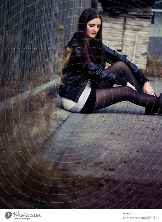 one day trip IV Feminine Young woman Youth (Young adults) 1 Human being 18 - 30 years Adults Jacket Stockings Tights Leather Brunette Long-haired Dark