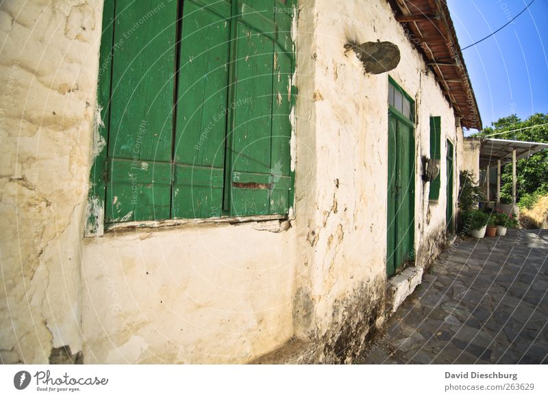 Old Green House (Residential Structure) Window Wall (building) Wall (barrier) Building Door Facade Closed Village Apartment Building Mediterranean Shutter