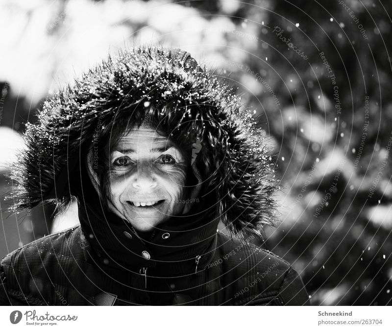 Human being Woman Winter Joy Face Adults Eyes Life Cold Senior citizen Head Snowfall Mouth Nose Observe Teeth