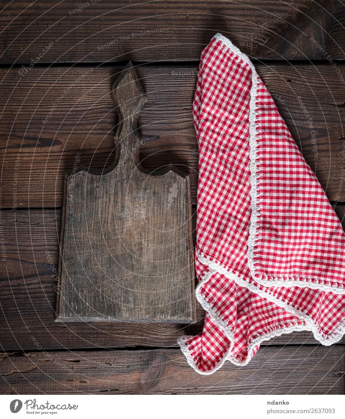 old kitchen cutting board with handle and red towel Table Kitchen Work and employment Tool Nature Clothing Wood Old Above Retro Brown Red White background Blank