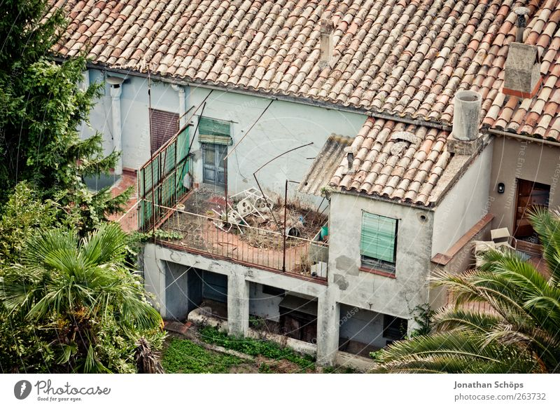 Old Green House (Residential Structure) Window Architecture Building Facade Poverty Esthetic Living or residing Broken Roof Chair Simple Derelict Balcony