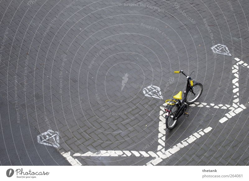 parking space Cycling Signs and labeling Road sign Cool (slang) Serene Patient Relaxation Contentment Stagnating Symmetry Town Diamond Crown King Parking
