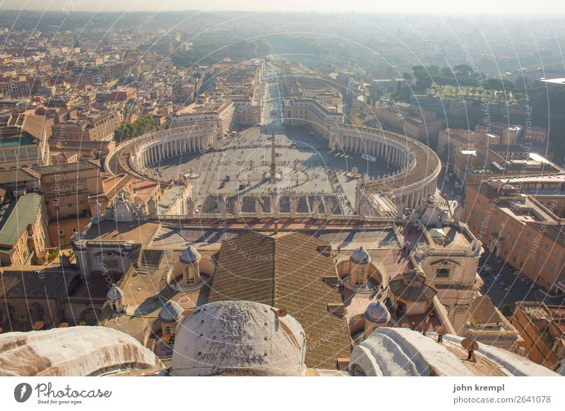 Vacation & Travel Town Warmth Religion and faith Tourism Horizon Joie de vivre (Vitality) Places Large Italy Historic Friendliness Tourist Attraction Hope Roof