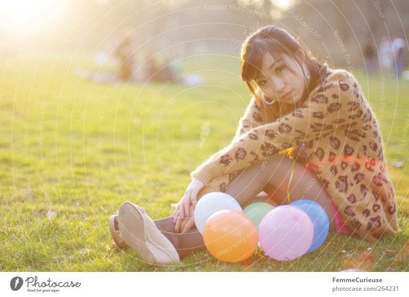 Spring Spring Spring XII Young woman Youth (Young adults) Woman Adults 1 Human being 18 - 30 years Relaxation Park Meadow Balloon Sit Chinese Girlish Sunbeam