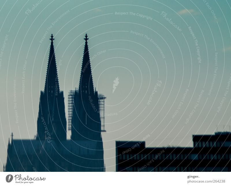City with points and edges Cologne Cologne Cathedral Church Dome Manmade structures Building Architecture Tourist Attraction Landmark Dark Spire Sharp-edged