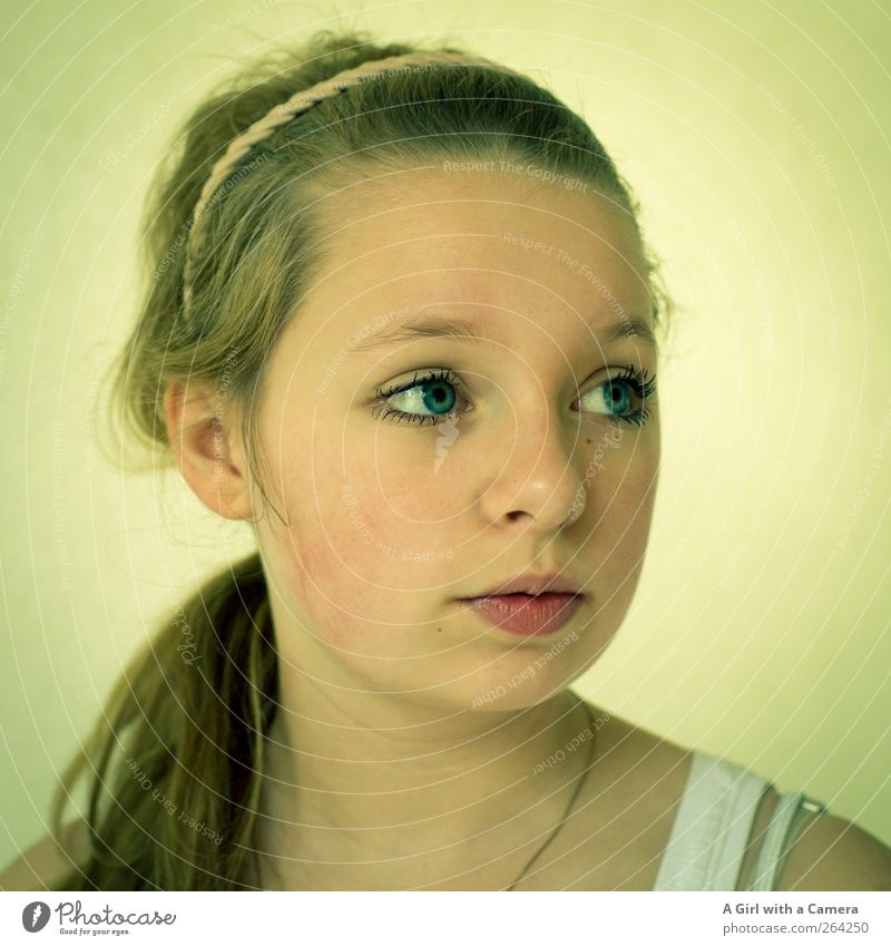 Somewhere in the middle Human being Feminine Girl Young woman Youth (Young adults) Infancy Head Eyes 1 13 - 18 years Child Accessory Hairband Blonde Long-haired