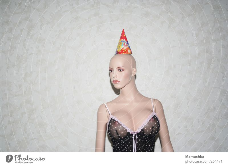 Madame Young woman Youth (Young adults) Woman Adults Head Chest Breasts Underwear Hat Bald or shaved head Doll Plastic Esthetic Exceptional Uniqueness