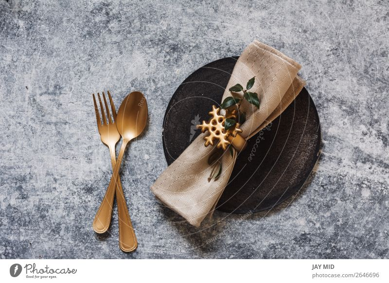christmas table setting, golden cutlery and nandinas Dinner Plate Fork Spoon Winter Decoration Table Restaurant Easter Thanksgiving Christmas & Advent