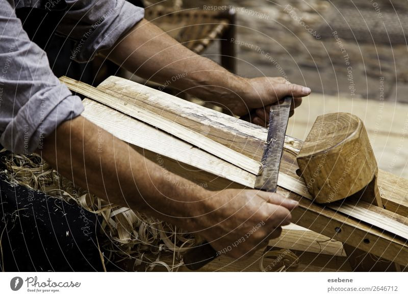 Artisan sanding and shaping wood Old Hand Wood Natural Building Work and employment Sand Table Paper Furniture Material Tool Carrying Spiral Horizontal