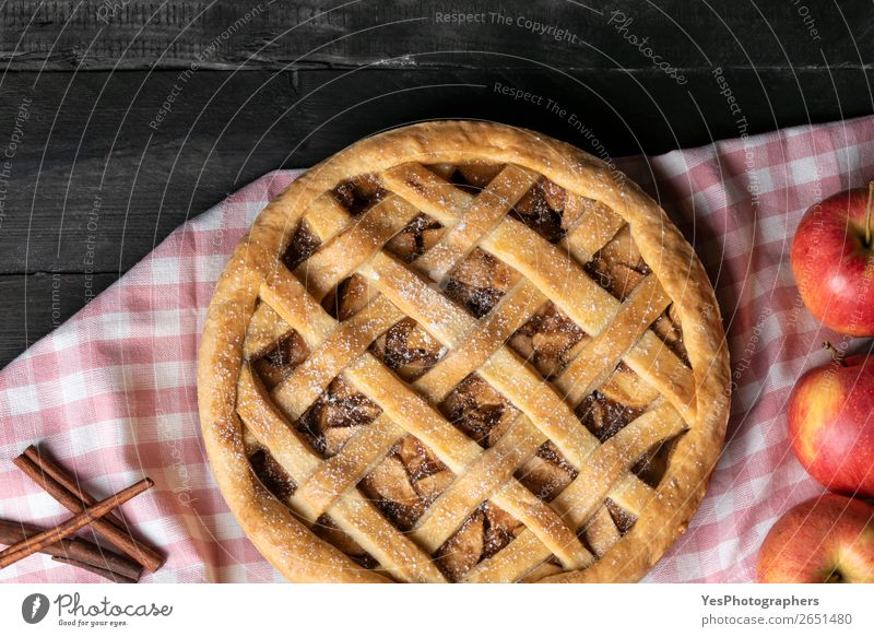 Above view of apple pie and apple fruits. Traditional sweet pie. Cake Dessert Candy Table Kitchen Feasts & Celebrations Thanksgiving Christmas & Advent