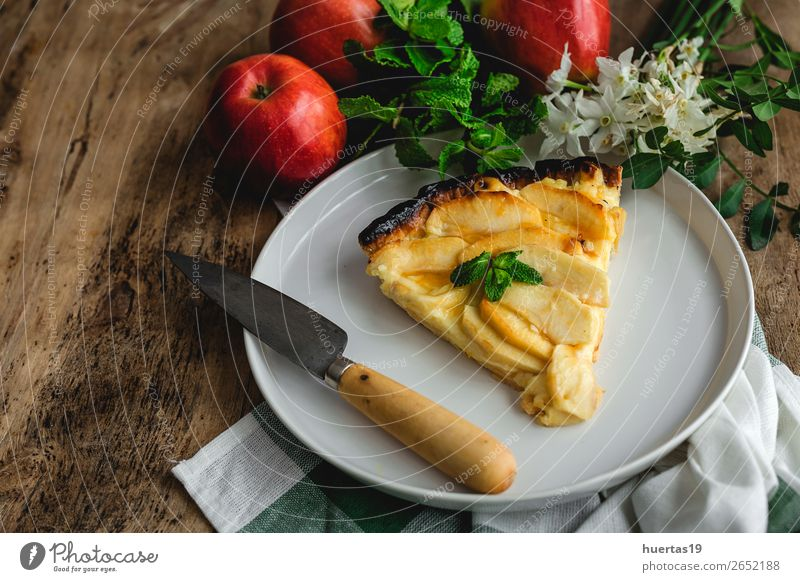Apple pie with cinnamon and mint Food Fruit Dessert Candy Plate Table Flower Cool (slang) Delicious Tradition cake Home-made sweet wood Crust background
