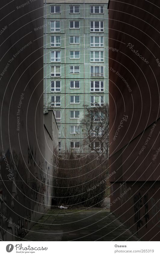 City House (Residential Structure) Window Wall (building) Berlin Architecture Wall (barrier) Building Facade High-rise Manmade structures Longing Claustrophobia Boredom Capital city Wanderlust