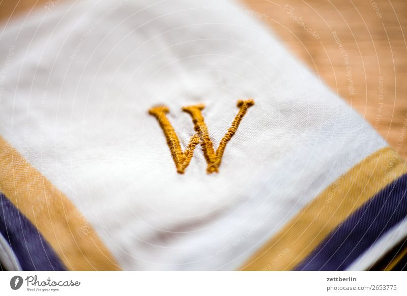 W Letters (alphabet) Characters Write initial Embroider embroidered Sewing thread Gold Yellow Handkerchief Handcrafts Housekeeping Typography Jewellery Name