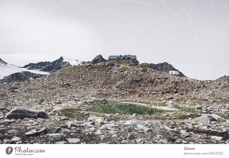 Brunswick Ironworks | E5 Adventure Mountain Hiking Nature Landscape Autumn Ice Frost Snow Alps Peak Glacier Mountain lake Hut Tall Calm Loneliness