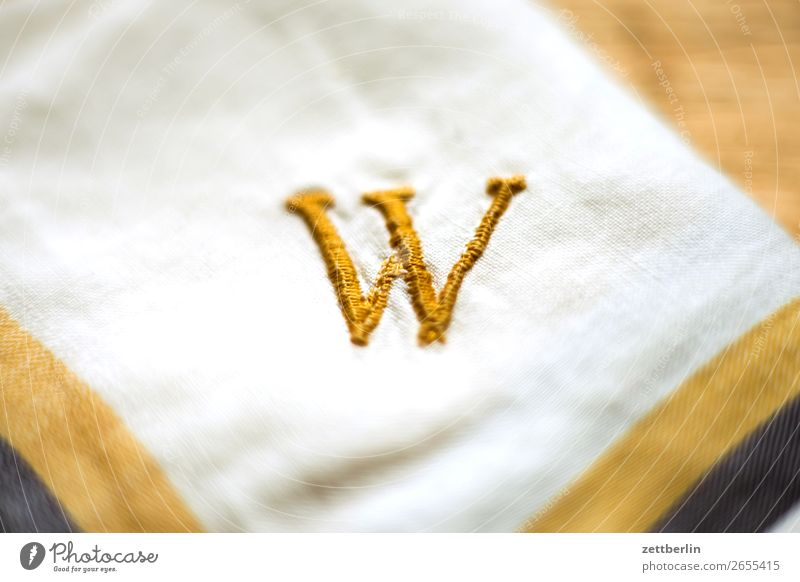 Dabbeljuh Letters (alphabet) Characters Write initial Embroider embroidered Sewing thread Gold Yellow Handkerchief Handcrafts Housekeeping Typography Jewellery