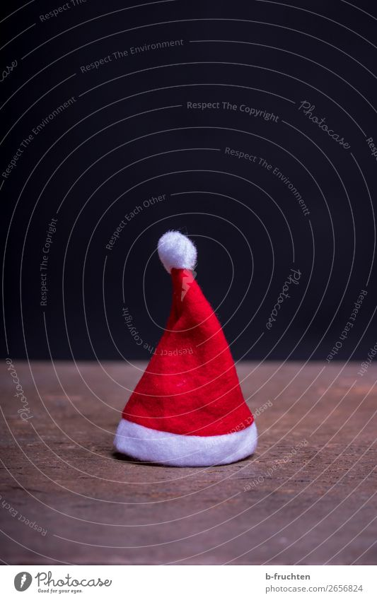 little Christmas hat Party Event Feasts & Celebrations Christmas & Advent Clothing Cap Select Stand Dark Red Black Moody Optimism Calm Loneliness