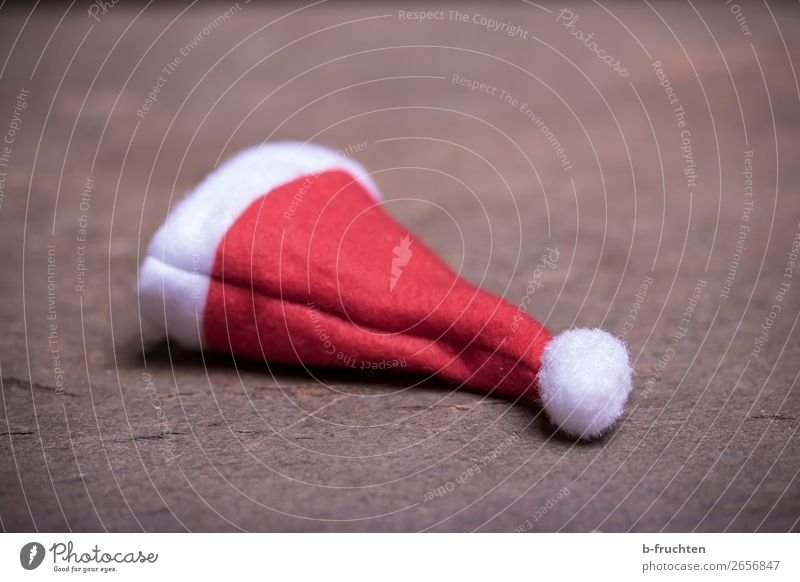 pointed cap Entertainment Party Feasts & Celebrations Christmas & Advent Hat Cap Utilize Lie Dirty Retro Red Boredom Loneliness Santa Claus hat Ground Forget