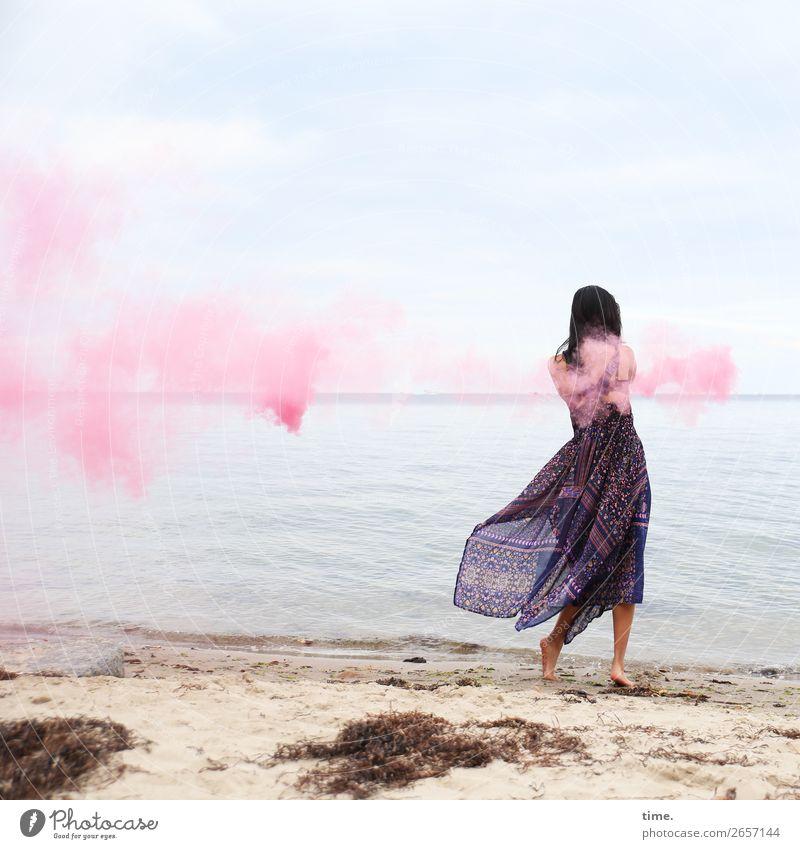 Woman Human being Sky Beautiful Water Joy Far-off places Beach Adults Life Feminine Coast Movement Exceptional Sand Horizon