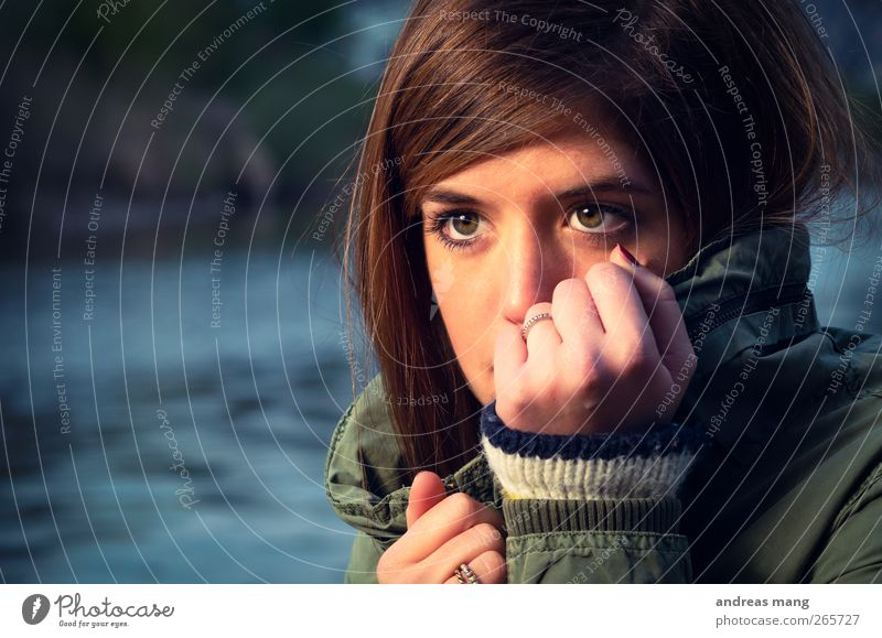 Staring out into the cold Face Feminine Woman Adults Youth (Young adults) 18 - 30 years Jacket Brunette Freeze Looking Wait Cold Near Beautiful Attentive