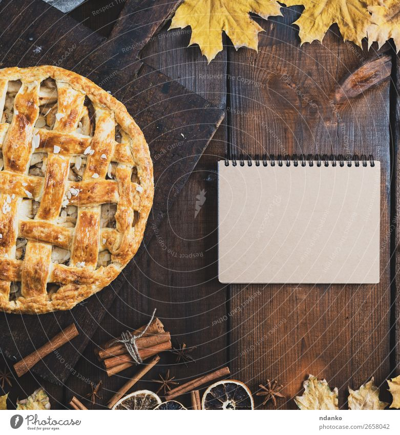 baked apple pie on a board Leaf Eating Wood Autumn Yellow Brown Fruit Above Fresh Vantage point Table Cooking Delicious Kitchen Baked goods Cake