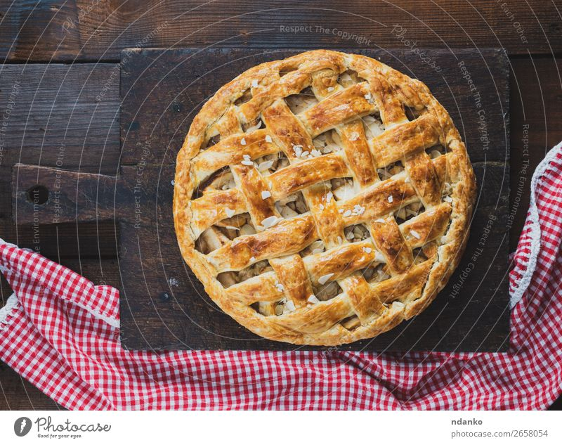 Baked whole round apple pie Red Eating Wood Autumn Brown Fruit Above Fresh Vantage point Table Cooking Delicious Kitchen Baked goods Candy Cake