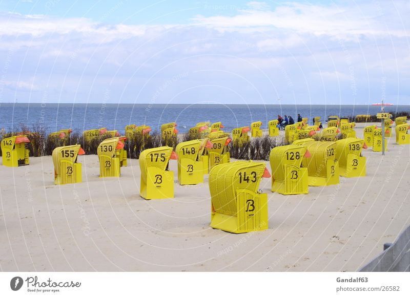 Cuxiland impressions 4 Cuxhaven Beach chair Yellow Europe Stand Perspective Sand