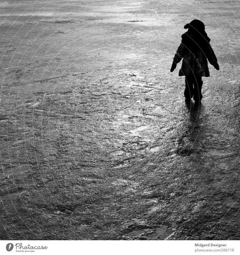 Human being Child Girl Winter Cold Ice Moody Infancy Stand Jacket Square Anonymous 3 - 8 years Shadow