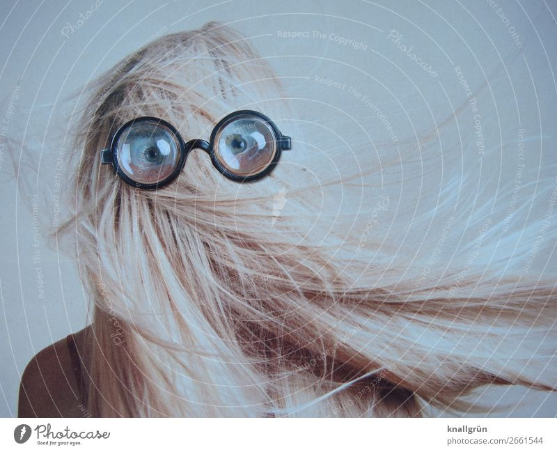 transparency Human being Feminine Young woman Youth (Young adults) Hair and hairstyles Eyes 1 18 - 30 years Adults Eyeglasses Observe Communicate Looking