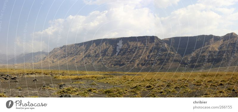Sky Nature Calm Far-off places Landscape Gloomy Dry Africa Bizarre Volcano Sparse Volcanic Tansania Steep face Rift Valley
