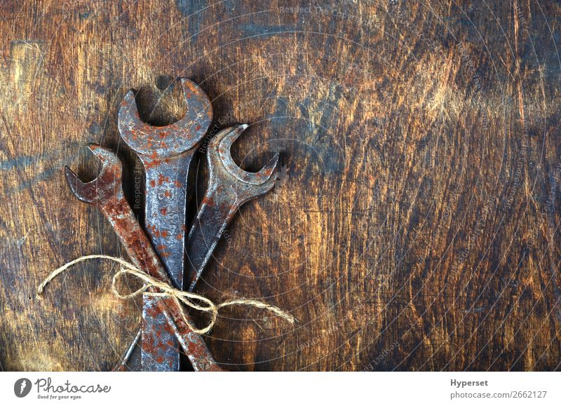 Metal bunch wrench rusty tools Table Work and employment Business Rope Man Adults Bouquet Collection Wood Rust Old Authentic Dirty Brown Antique background