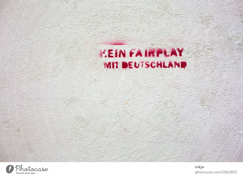 White Red Graffiti Wall (building) Emotions Germany Wall (barrier) Facade Moody Characters Political movements Politics and state Aggression Fair Defiant Revolt