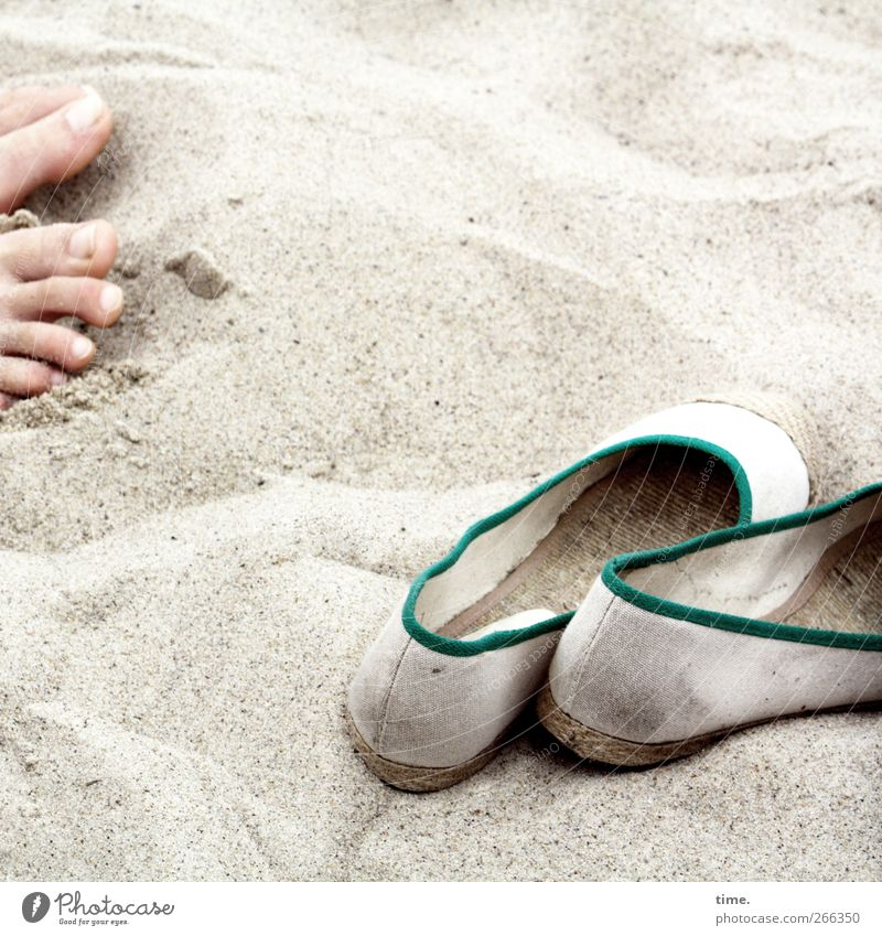 KI09 | Sandbad Feet 1 Human being Environment Beach Baltic Sea Footwear Linen Cloth Textiles Relaxation Joy Healthy Idyll Joie de vivre (Vitality) Ease