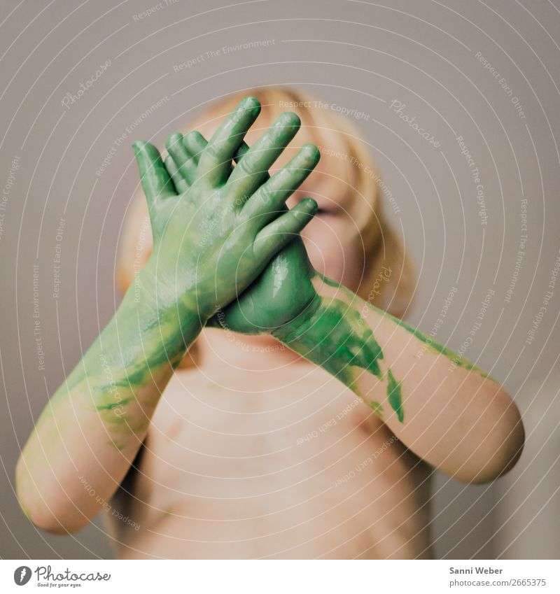Child Human being Green Hand Life Movement Boy (child) Hair and hairstyles Head Masculine Body Infancy Skin Arm Fingers Warm-heartedness