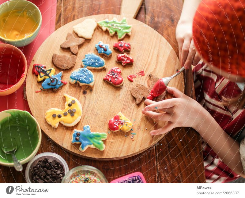 Child Human being Christmas & Advent Hand Delicious Fragrance Baking Cookie Christmas biscuit
