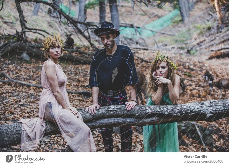 A group of Friends Standing in the Woods Lifestyle Elegant Beautiful Human being Masculine Feminine Androgynous Young woman Youth (Young adults) Woman Adults 3