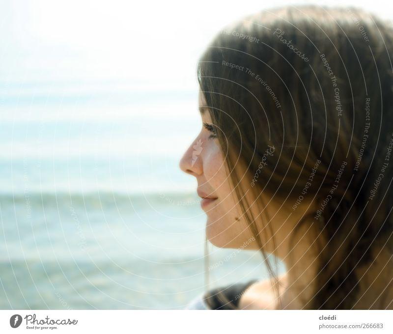 Youth (Young adults) Water Adults Feminine Head Lake Dream Contentment Young woman 18 - 30 years Warm-heartedness Smiling Lakeside Joie de vivre (Vitality)