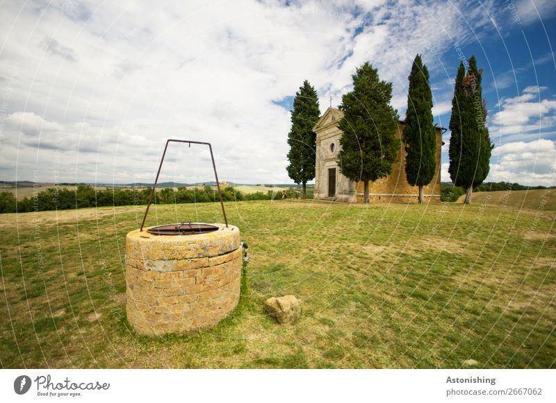 o |||| Environment Nature Landscape Plant Sky Clouds Horizon Summer Weather Tree Grass Meadow Hill Siena Tuscany Italy House (Residential Structure) Church